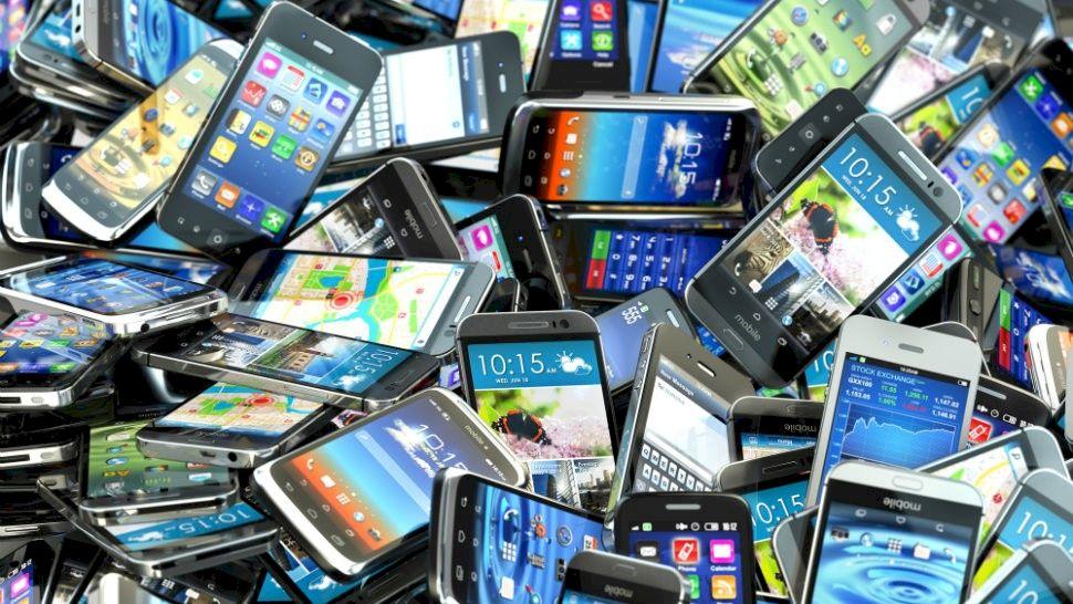 Atenție! Nu mai aveți voie cu aceste mărci de telefoane. Dacă sunteți prinși riscați amenzi uriașe