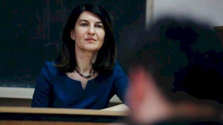 Violeta Alexandru nu va mai fi ministru! Cine se va ocupa de pensii de acum