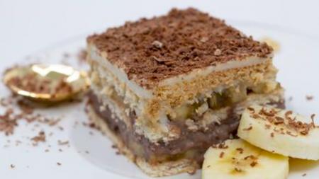 Cea mai rapidă prăjitură fără coacere. Rețeta este simplă și o poți prepara oricând. Secretul este în interior
