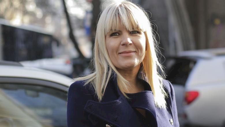 Elena Udrea, îmrăcată în haine de mii de euro, UMILITĂ în public de un bărbat: