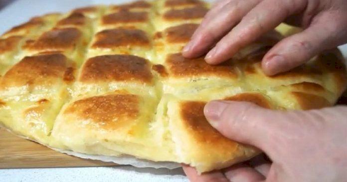 Rețetă delicioasă: Focaccia cu mozzarella. Care este secretul bucătarilor italieni?