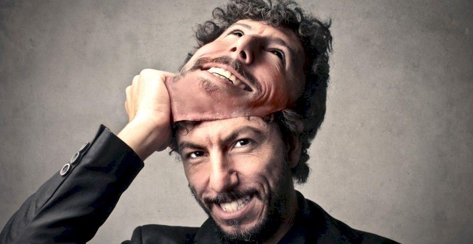 Cum îți dai seama că cineva te minte? 3 tehnici simple, care nu dau greș