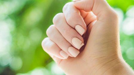 Cele trei ingrediente care au grijă de unghiile tale. Te scapă de pete și te ajută să ai o manichiură îngrijită