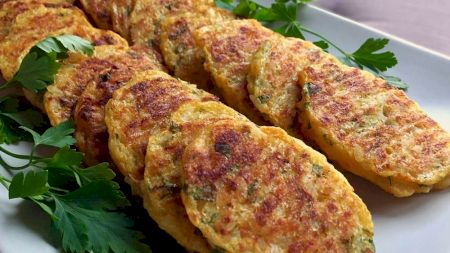 Rețetă de post: Chiftele delicioase din cartofi și orez. Se prepară extrem de simplu!