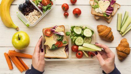 Vrei să nu te îngrași? Topul gustărilor recomandate de nutriționiști: Sunt delicioase și te ajută în lupta contra kilogramelor în plus