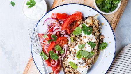Rețetă: Cea mai delicioasă salată de vinete cu maioneză! Iată care este ingredientul secret al marilor bucătrari