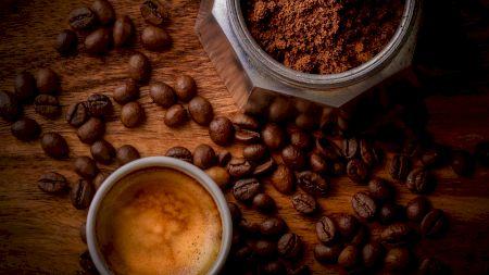 Cum trebuie băută cafeaua pentru a slăbi rapid și sănătos: O linguriță din acest amestec arde tot surplusul de grăsime