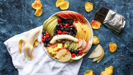 Care este fructul preferat al românilor? Ce beneficii are și când poate deveni un pericol