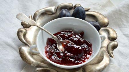 Rețetă: Cel mai delicios gem de prune: Este mai bun decât orice gem pe care l-ai mâncat. Care este ingredientul secret? Bonus: Nu conține conservant