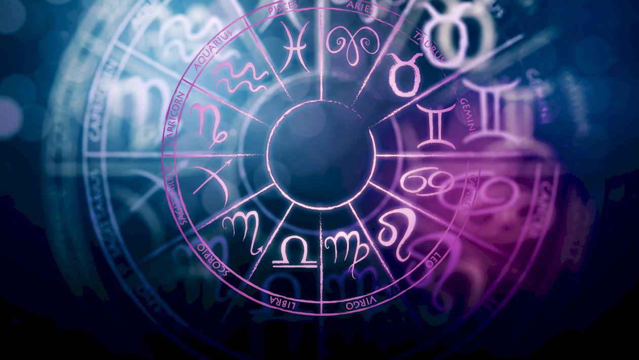Horoscop, vineri 4 decembrie: Racii reușesc să se conecteze cu partenerii, în timp ce Peștii trebuie să aleagă între două relații. Vezi ce spun astrele despre tine.
