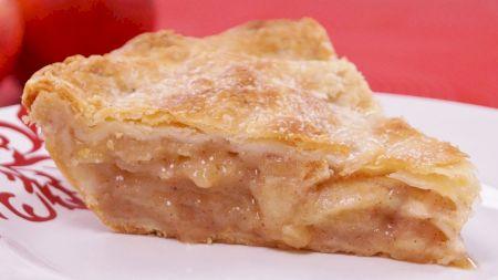 Cea mai buna plăcinta cu mere. Rețeta tradițională a marilor bucătari. Ingredientele care-i dau un gust desavrasit
