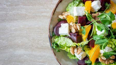 Care este cea mai sănătoasă legumă de pus în salate? Are o mulțime de beneficii și conține mai mult calciu ca laptele