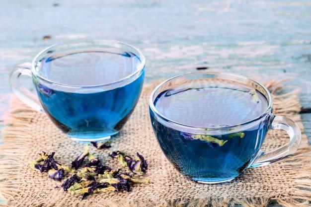 Cel mai bun ceai pentru slăbit sănătos: Ceaiul albastru. Te ajută să scazi în greutate și protejează sănătatea inimii