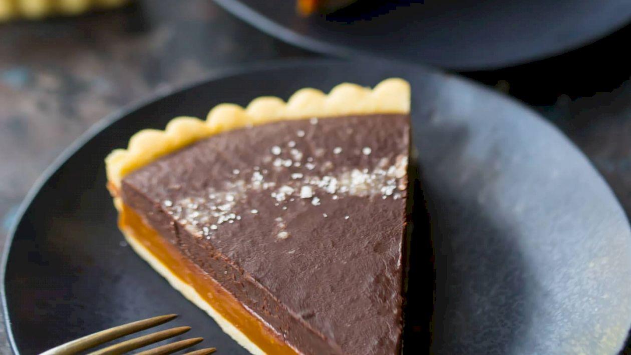 Cea mai simplă rețetă pentru tarta cu ciocolată. Are un gust de vis. Cum o prepari acasă