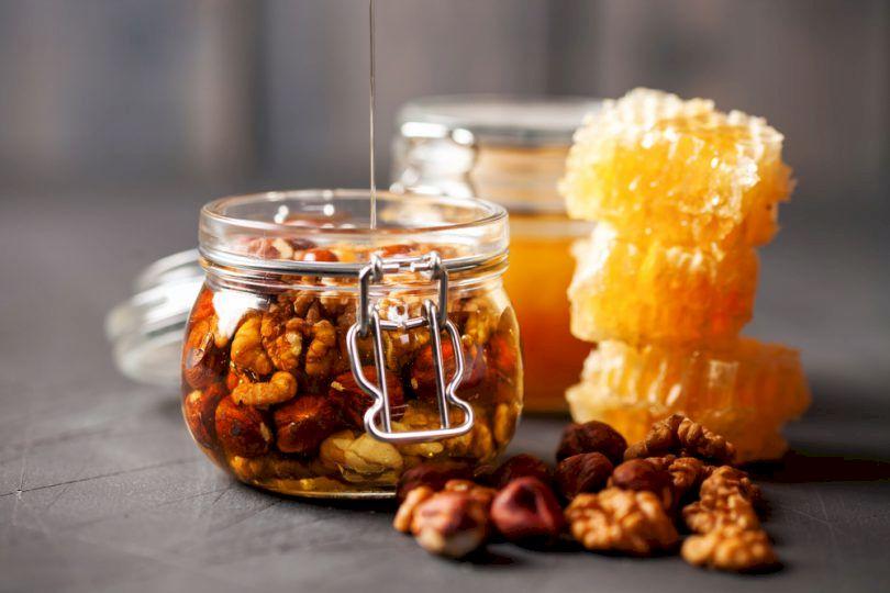 Remediul natural pe bază de nuci care ține răceala și infecțiile departe: Se prepară simplu, în casă, iar efectele sunt uimitoare