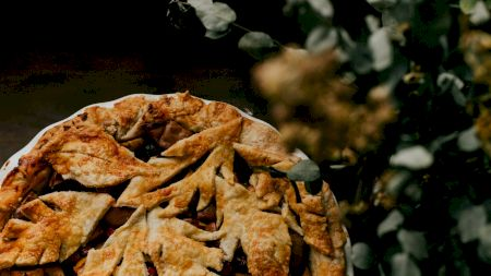 Rețetă: Prepară cea mai aromată tartă de caise! Care este secretul pentru un gust perfect
