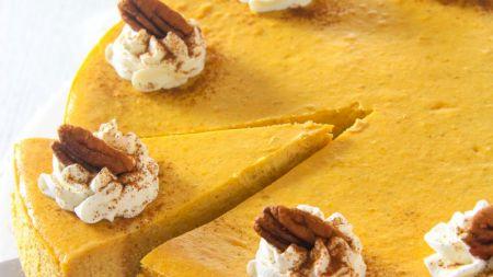 Cheesecake cu dovleac. Cea mai simplă rețetă. Nu e nevoie de coacere și e gata în câteva minute