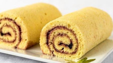 Rețetă: Cel mai rapid și delicios desert: Ruladă cu gem. Vezi cât de simplu se prepară