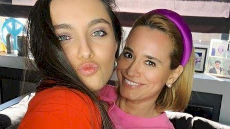 Andreea Esca, momente de coșmar: Fiica ei, Alexia Eram, a ajuns la spital. Medicii au băgat-o direct în operație. Cum se simte acum