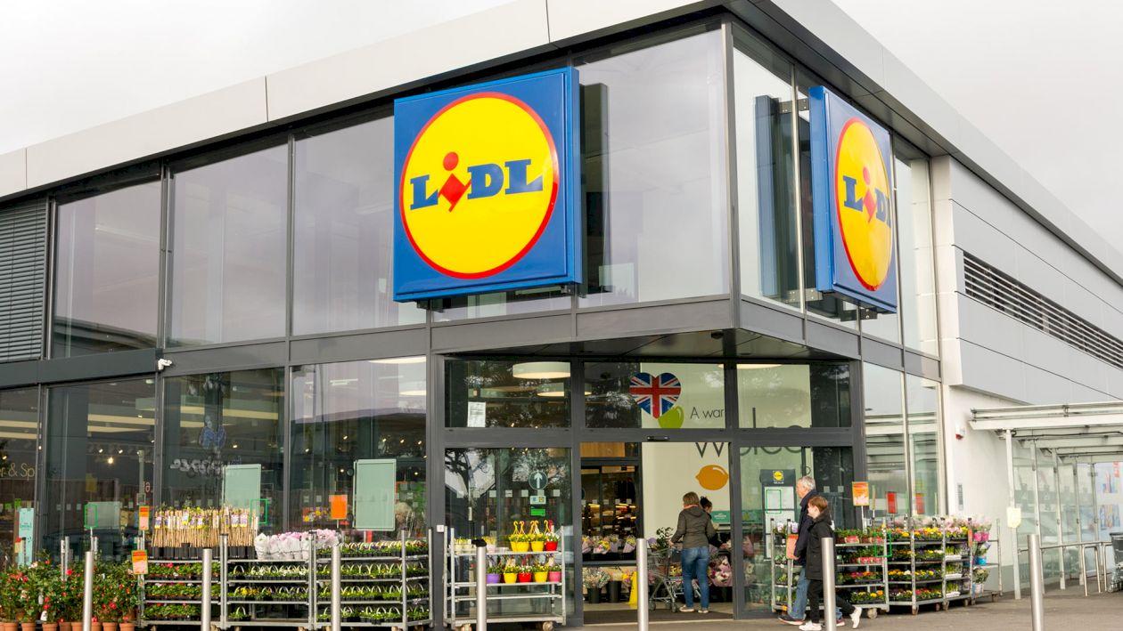 Vesti bune pentru toti clienții LIDL. Cum pot primi reduceri mari la orice produs. Niciun alt supermarket nu are o astfel de ofertă