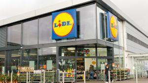 LIDL face schimbări majore. Toti clienții sunt vizati. Va fi valabil și în România