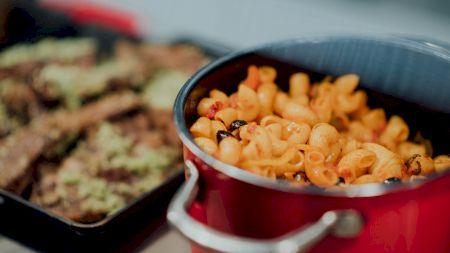 Cele mai bune macaroane de post! Nu se adaugă brânză, ci cartofi! Rețeta Sandei Marin. Sunt mult mai delicioase decât cele clasice