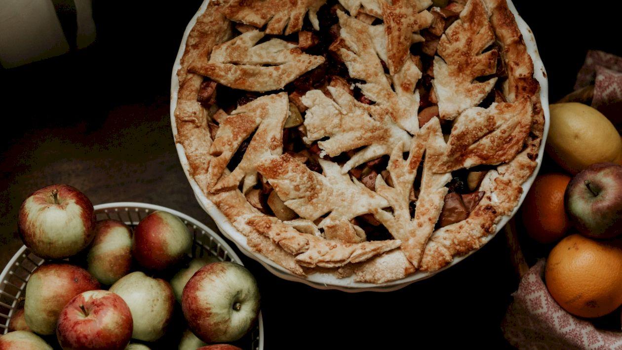 Rețetă: Cea mai delicioasă plăcintă cu mere, rețeta lui chef Florin Dumitrescu: Care sunt greșelile de preparare pe care trebuie să le evitați cu orice preț?