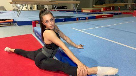 Revenire de senzație pentru Larisa Iordache! Ce rezultate a obținut gimnasta în prima zi de concurs la Campionatele Europene de la Mersin