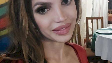 Cristina Spătar are un nou iubit! Este cu 21 de ani mai tânăr și fostul iubit al fiicei lui Vadim Tudor! Ce job are acesta și cum arată