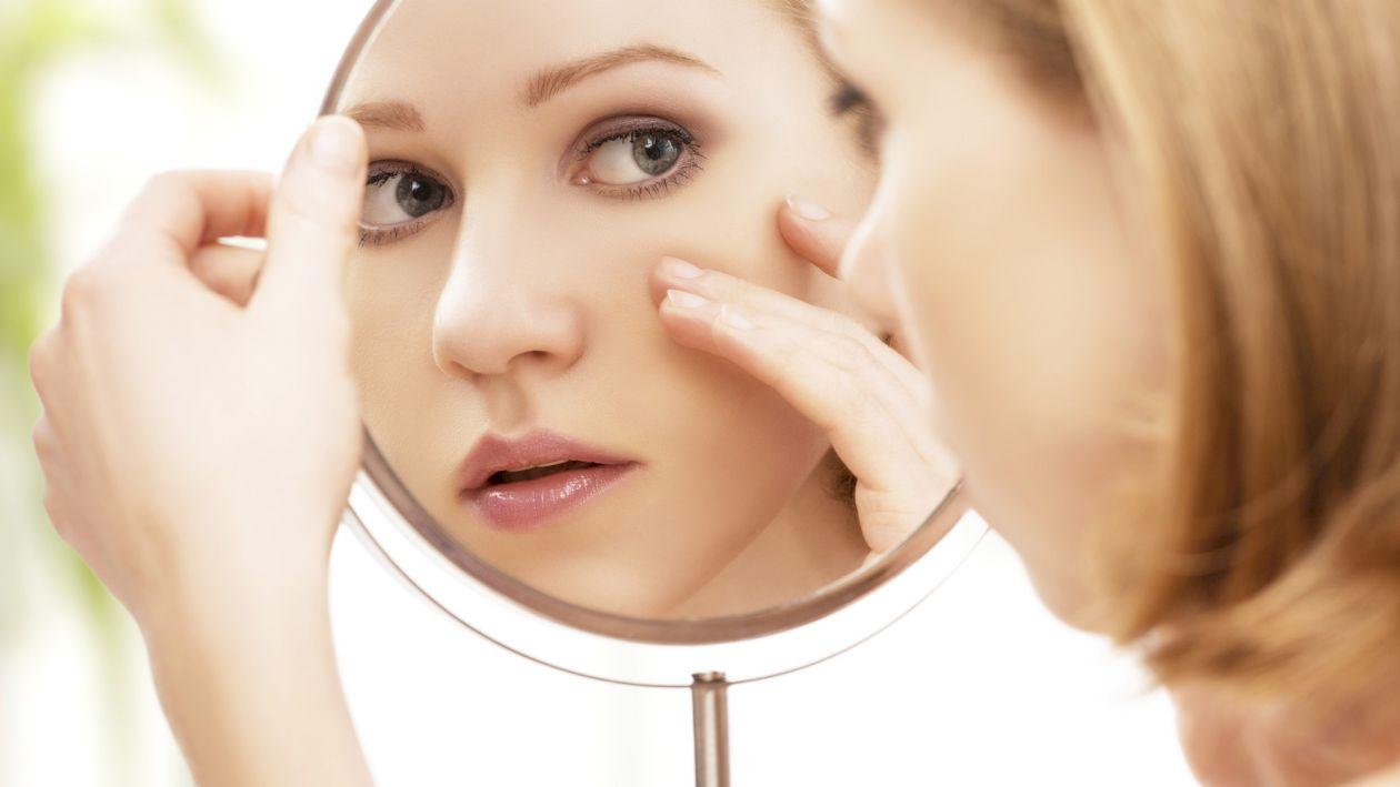 Ai probleme cu pielea? Ai putea avea deficit de vitamina A. Care sunt simptomele și când trebuie să te îngrijorezi