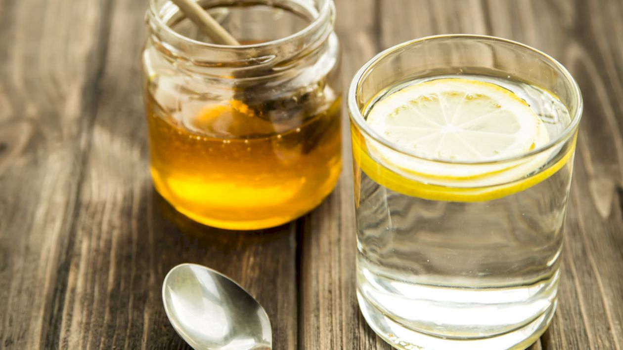 Mierea sau zahărul? Care dintre ele ingrasă mai tare. Detalii nestiute pana acum. Ce spune nutriționistul Mihaela Bilic