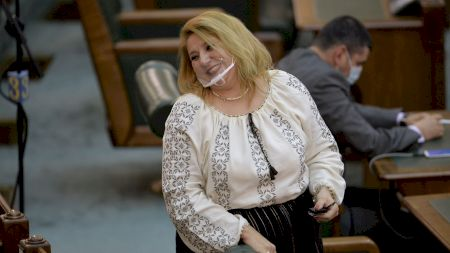 Diana Șoșoacă trebuie sa plateasca urgent 10.000 de euro. Greseala imensa pe care a facut-o senatoarea