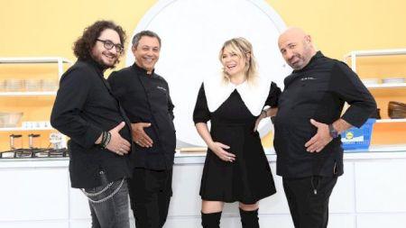 Azi începe sezonul 9 din Chefi la Cuțite! Ce rol va avea de data aceasta Gina Pistol? Chef Scărlătescu s-a dat de gol