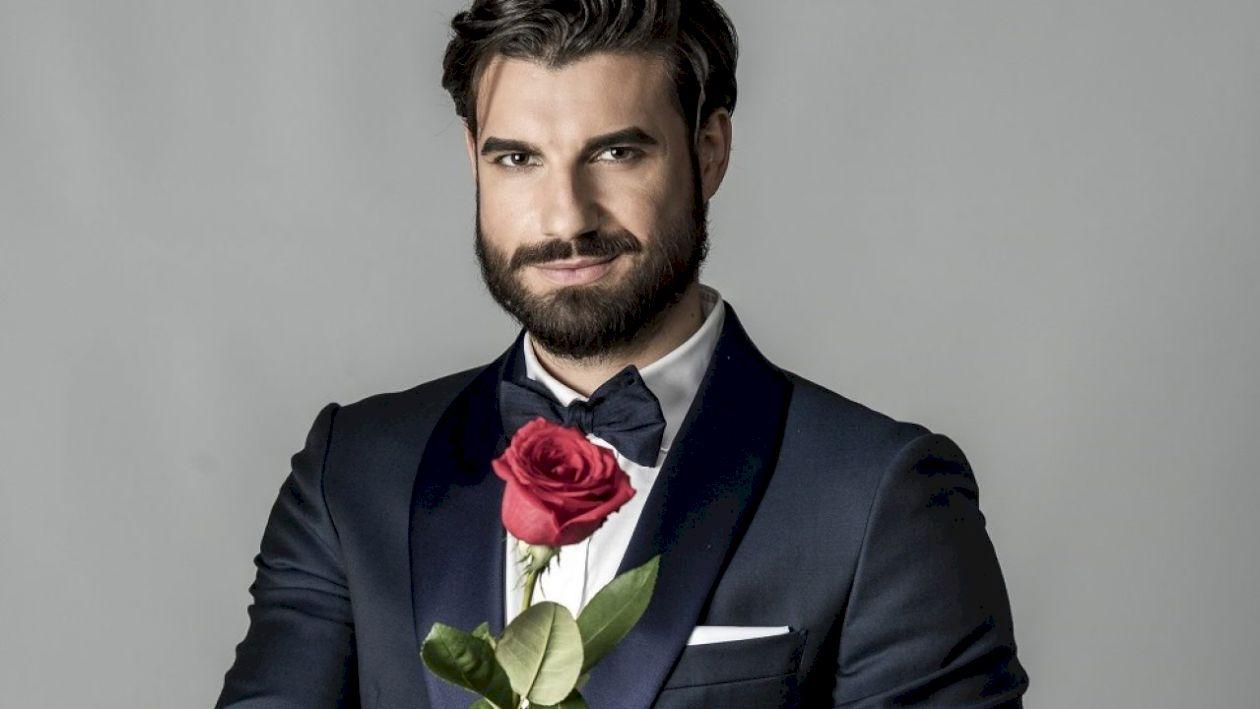 Burlacul Andi Constantin, îndrăgostit de o fostă vedetă Antena 1. Despre cine este vorba și ce s-a întâmplat între cei doi