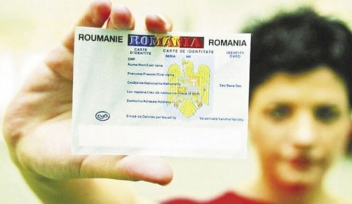 Se schimbă buletinele din luna august. Cum va arăta noua carte de identitate și ce vor putea face de acum românii cu ea