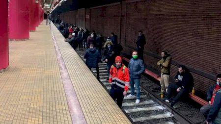 Salariul imens pe care îl câștigă astăzi un angajat la metrou. Motivul real pentru care s-a declanșat greva