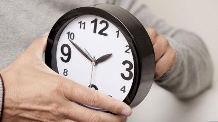Ora de iarnă 2021. Când se dă ceasul cu o oră înapoi. Efectele negative asupra organismului