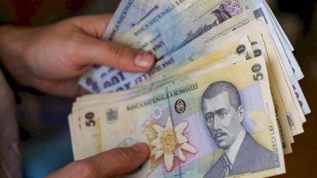 Apare un nou tip de pensie în România. Cine sunt românii care o pot încasa