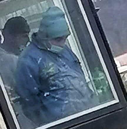 Răsturnare de situație în cazul criminalului din Onești! Unul dintre muncitori, împușcat din greșeală de un polițist