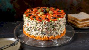 Cea mai bună rețetă pentru salata de boeuf. Chef Florin Dumitrescu folosește un ingredient secret și l-a dezvăluit clienților Lidl