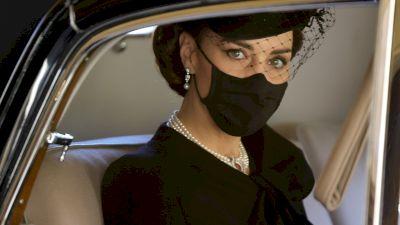 Cât a costat rochia cu care Kate Middleton a impresionat întreaga planetă la înmormântarea Prințului Philip