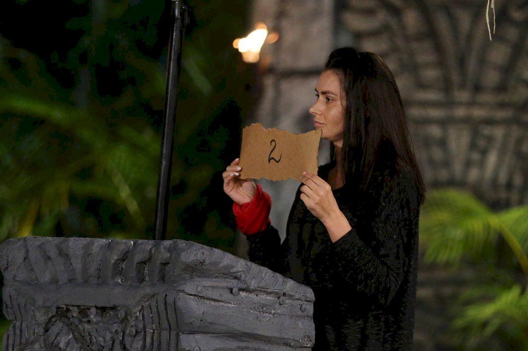 Cu cât o plătește Kanal D pe Raluca Dumitru ca să participe la Survivor România? Antena Stars o plătea cu mult mai mai puțin