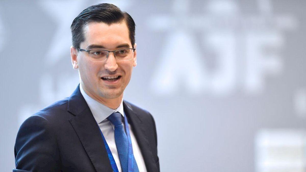 Răzvan Burleanu, președintele FRF a primit o nouă funcție! Va primi un salariu de 210.000 euro plus diurnă