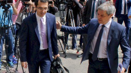 Trei medici se luptă pentru funcția de ministru al Sănătății. Cine are cele mai mari șanse să-i ia locul lui Vlad Voiculescu (SURSE)