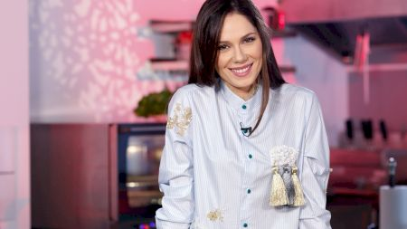 Cine este Irina Fodor, noua prezentatoare Chefi la Cuțite. Ea o va înlocui pe Gina Pistol