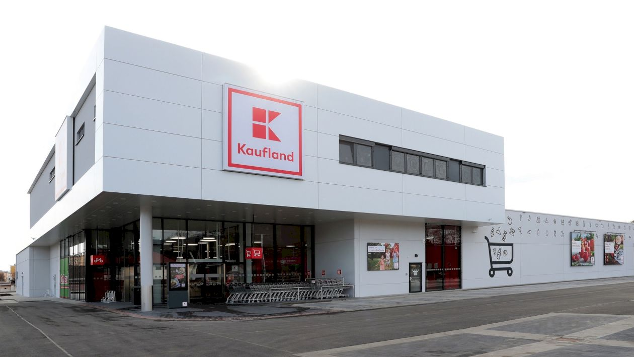 Kaufland dă produse gratuite clienților. Oferta cu care vrea să-și distrugă concurența. Ce trebuie să faceți ca să intrați în posesia lor