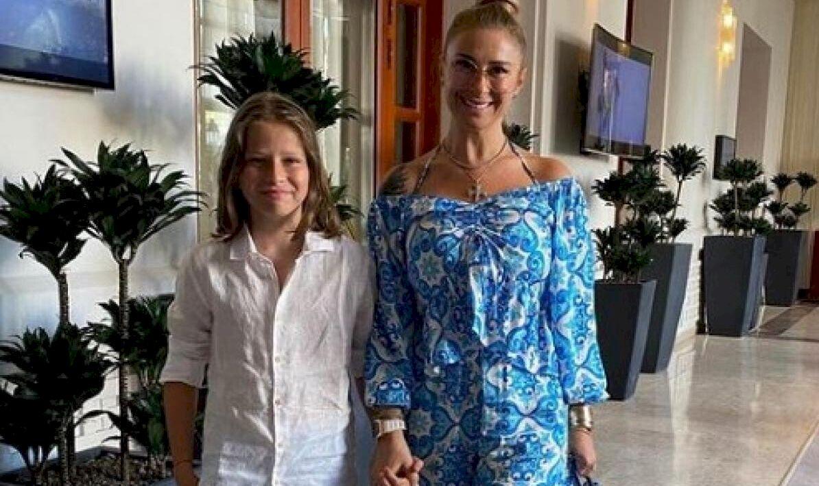 Reghe Junior rupe tăcerea. Ce i-a transmis fiul cel mic lui Laurențiu Reghecamf, după ce a aflat că tatăl său a petrecut în Grecia cu o escortă