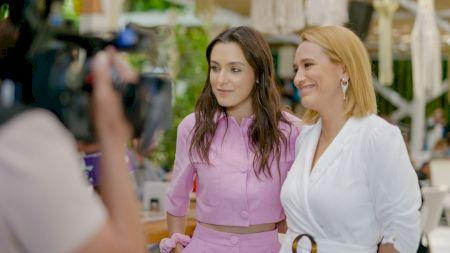 Andreea Esca pleacă definitiv de la PRO TV? Deja a apărut la Kanal D împreună cu fiica ei Alexia Eram. Ce s-a întâmplat între ea și managementul postului