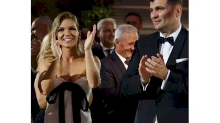 Cine a creat superba rochie purtată de Simona Halep la petrecerea sa de cununie și cât a costat