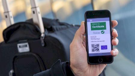 Locurile unde nu poți intra fără certificatul verde. De luni regula este obligatorie în toată țara
